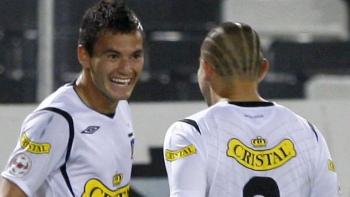 Charles Aránguiz será la principal novedad de Colo Colo para el debut en Copa Libertadores - Cooperativa.cl